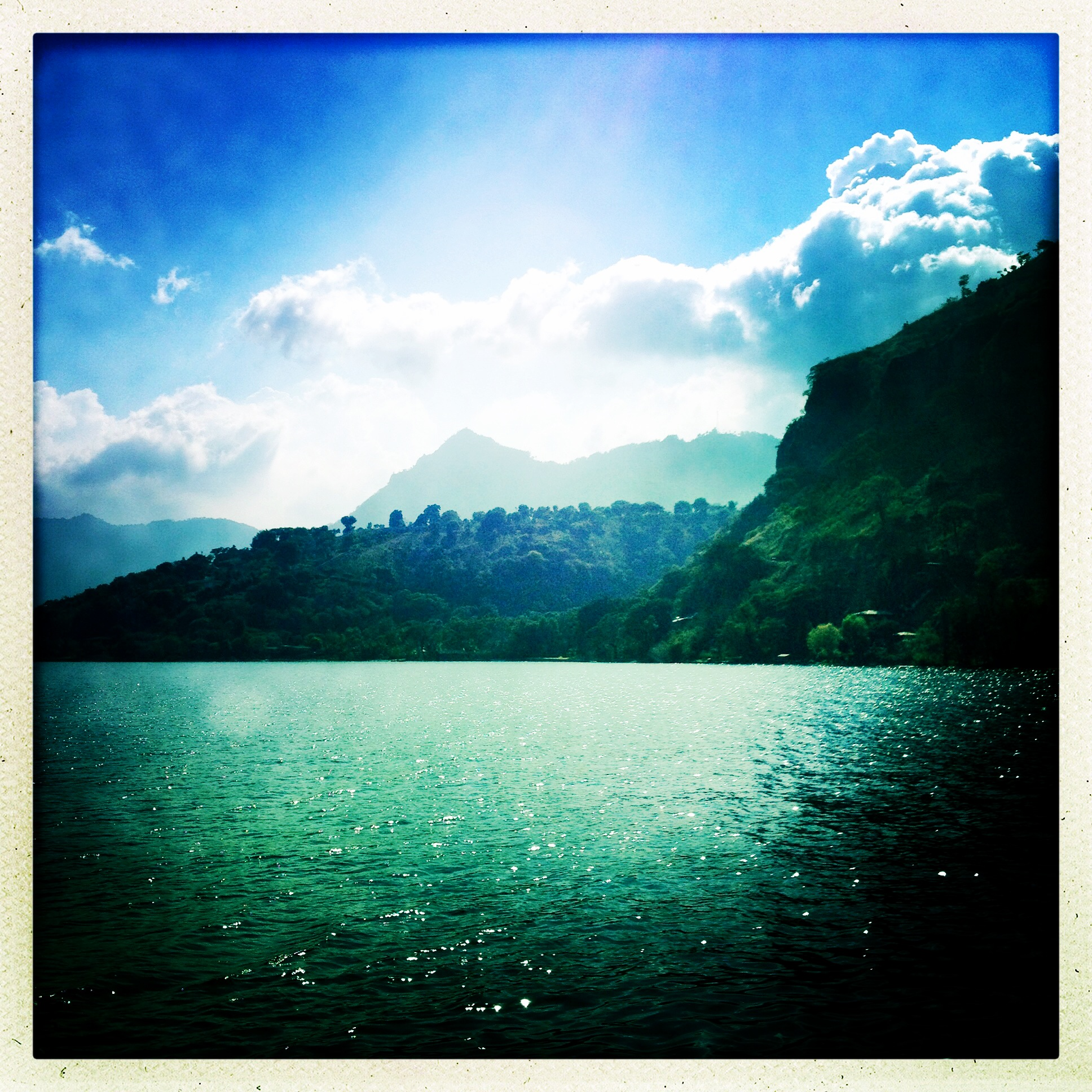 Lago_Atitlan